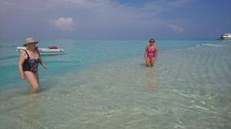 Upolu Cay ... 2