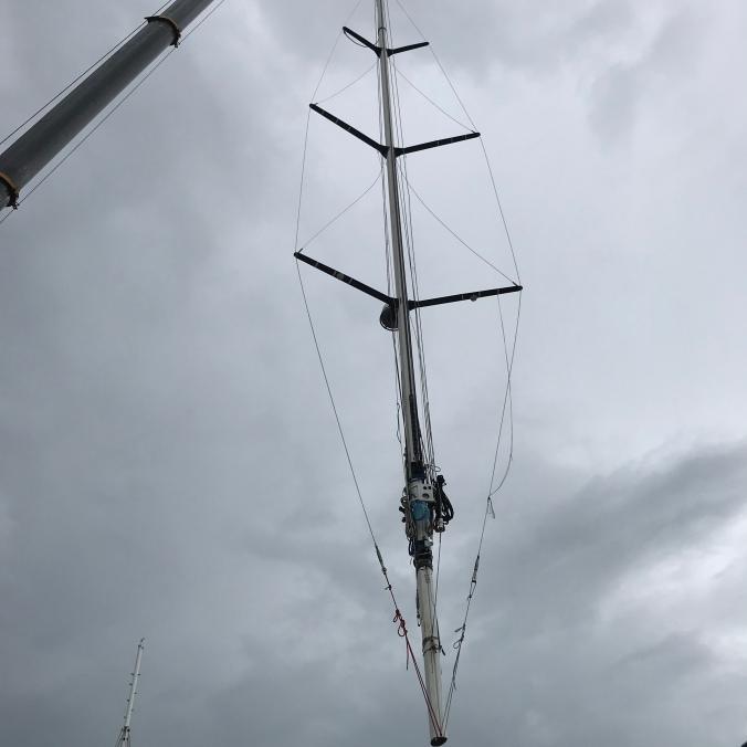 Flying mast